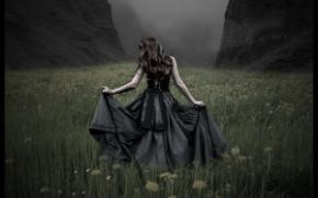 Dark_Dress_Dandelion